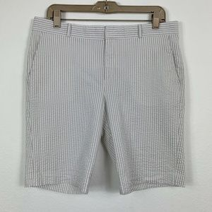 Banana Republic Womens 8 Shorts Striped White Gray
